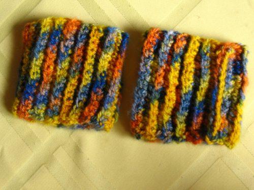 100% Cashmere wrist cuffs